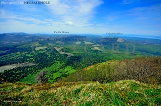 saddle mountain summit columbia river meets pacific ocean oregon postcard