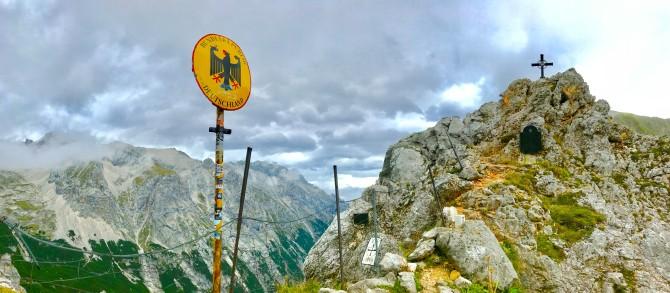 zugspitze hike trail germany austria ehrwald garmisch partenkirchen reintal hollental höllental tallest mountain germany cable car ehrwalder almbahn gatterl hut sonn-alpin sonn alpin cable car tirol